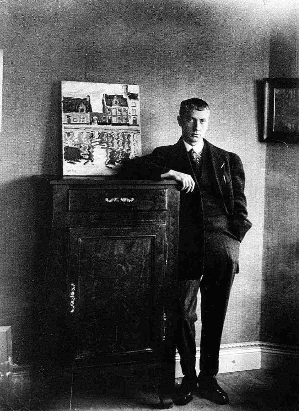 Hans Arp at the home of Georges Ritleng, Straßburg, c. 1906-1907