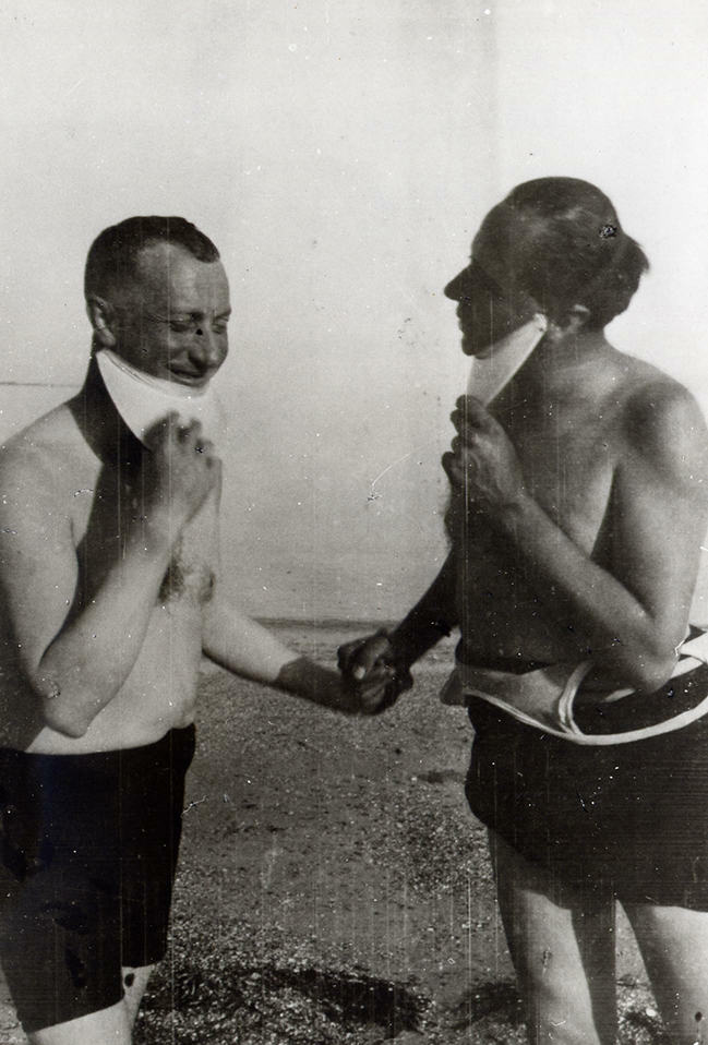 Hans Arp and Robert Delaunay in Brittany, 1930/1934