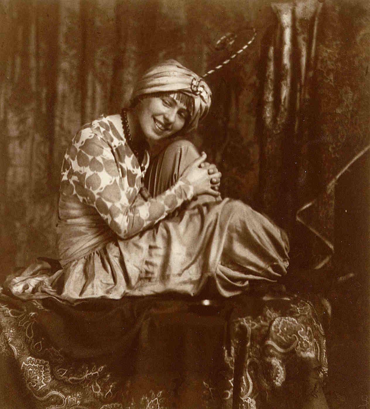 Sophie Taeuber. München 1914 (Foto: Eudard Wasow)
