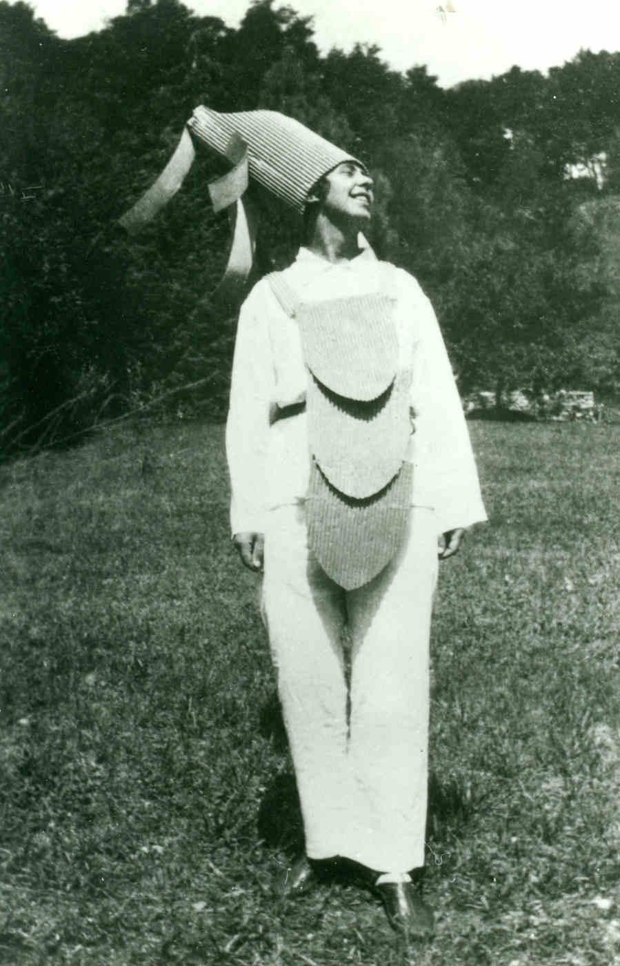 Sophie Taeuber-Arp in Ascona, 1925
