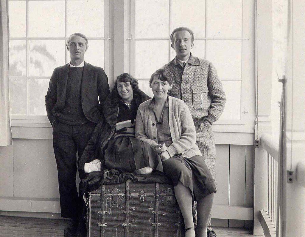 Max Ernst, Gala, Sophie Taeuber-Arp und Paul Eluard, Arosa 1928
